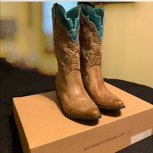 Totally New! beautiful cowboy boots